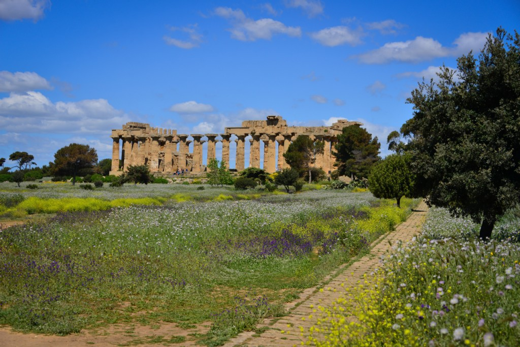 Temple of Hera from afar