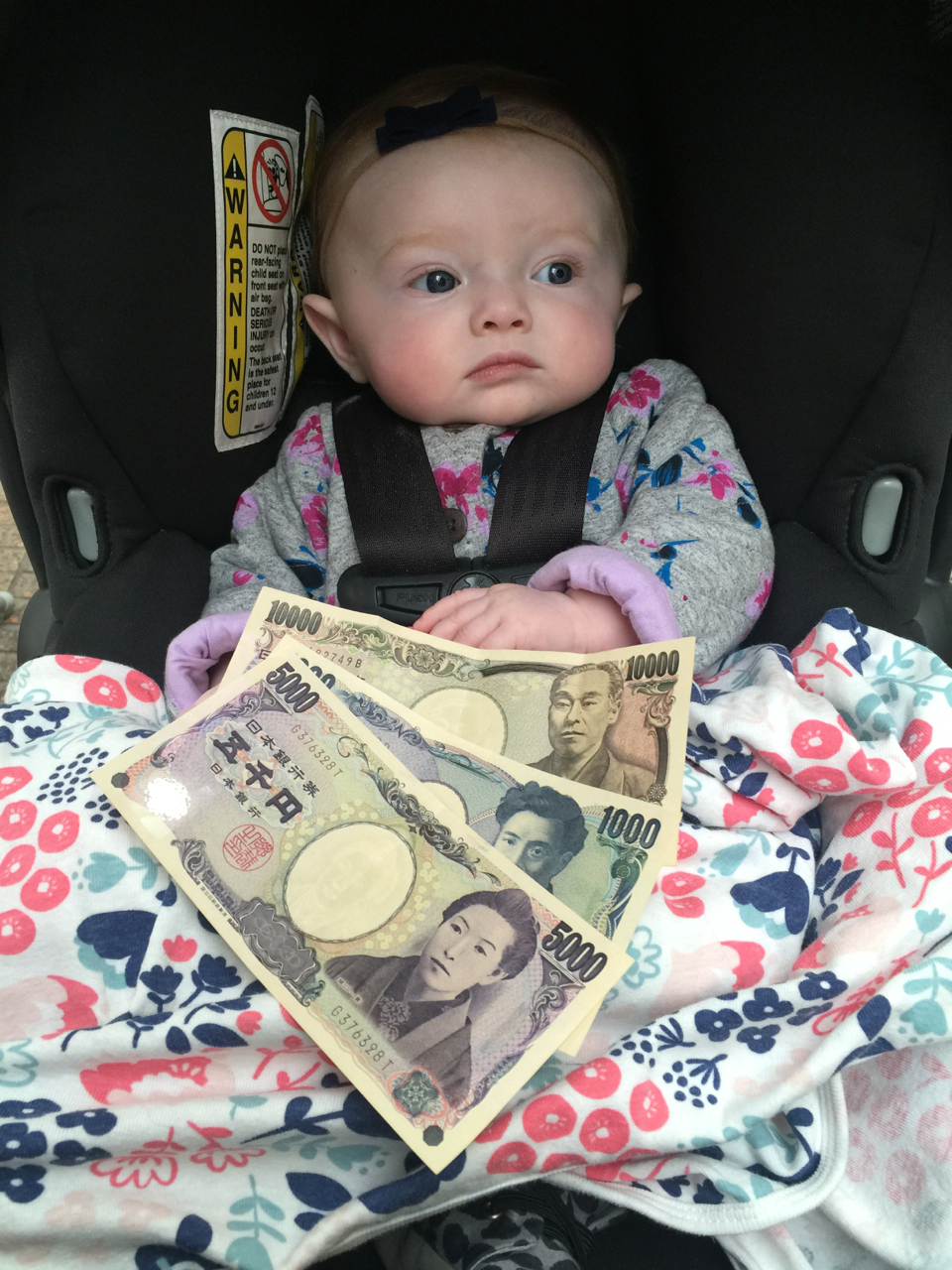 Stella learning about Japanese currency