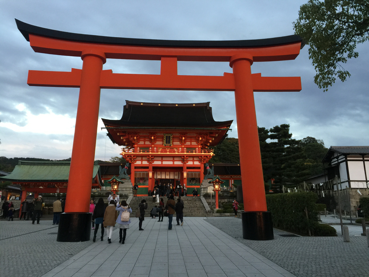 Pretty amazing Shinto shrine
